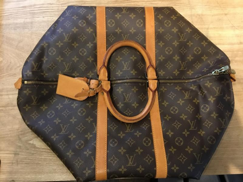Louis Vuitton Keepall 55 $380.00
