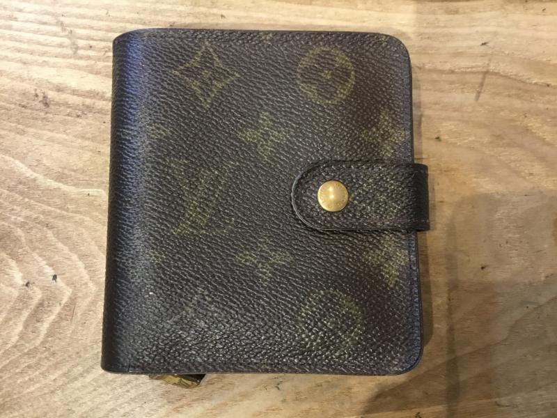 Louis Vuitton Compact Zip $90.00