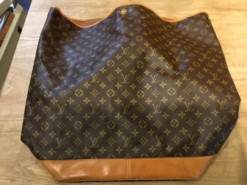 Louis Vuitton Sac Marine $580.00