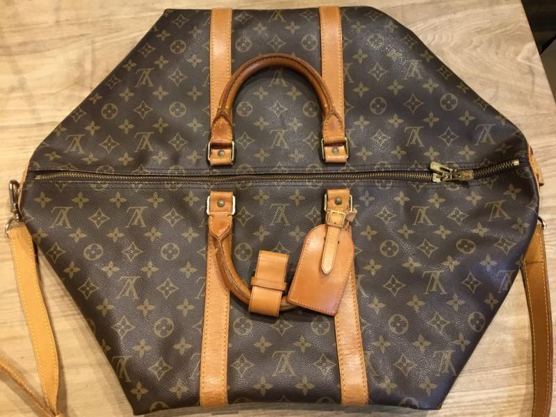 Louis Vuitton Keepall 55 Bandouliere with strap $540.00