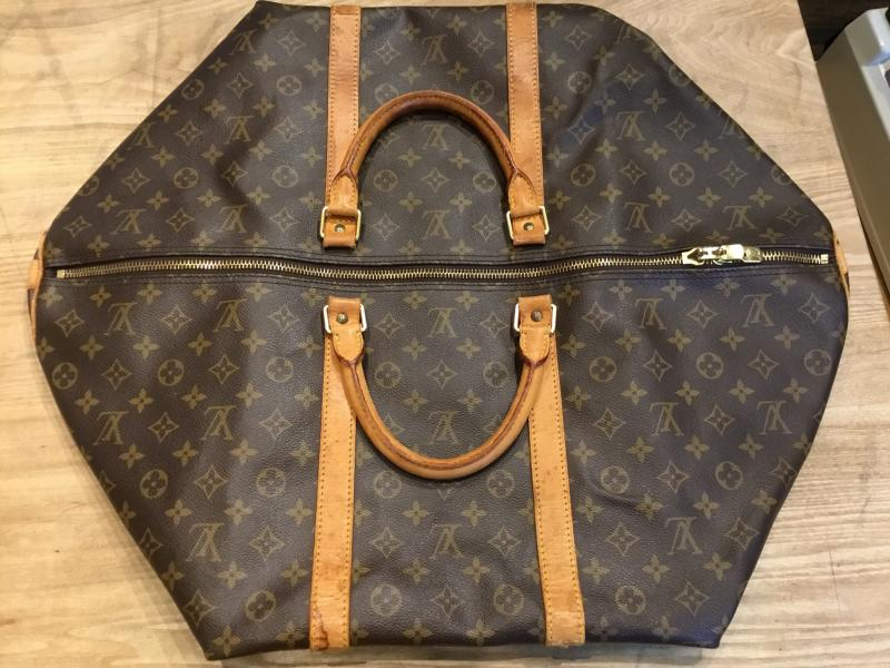 Louis Vuitton Keepall 60 Bandouliere $300.00