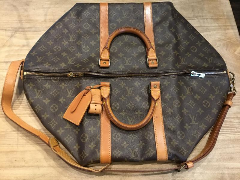 Louis Vuitton Keepall 55 Bandouliere with strap $640.00