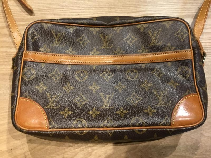 Louis Vuitton Trocadero 27 $240.00