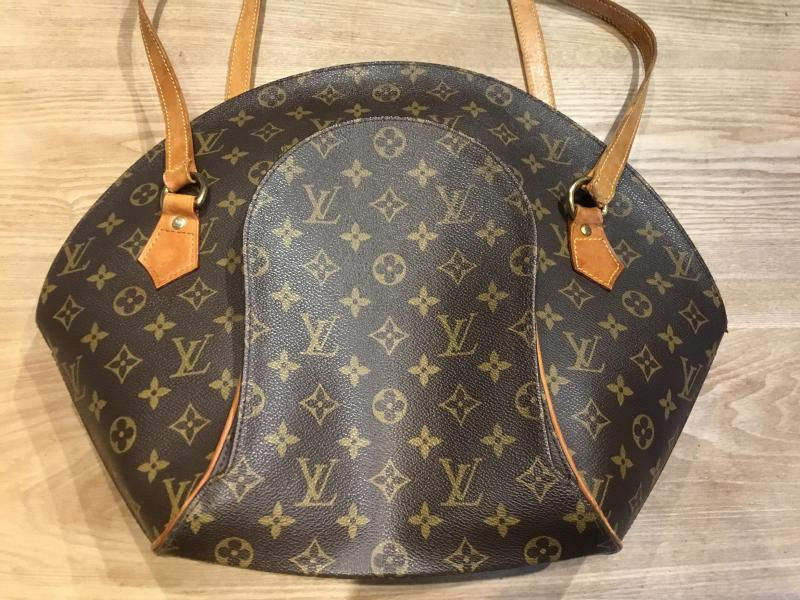 Louis Vuitton Ellipse Shopping $290.00