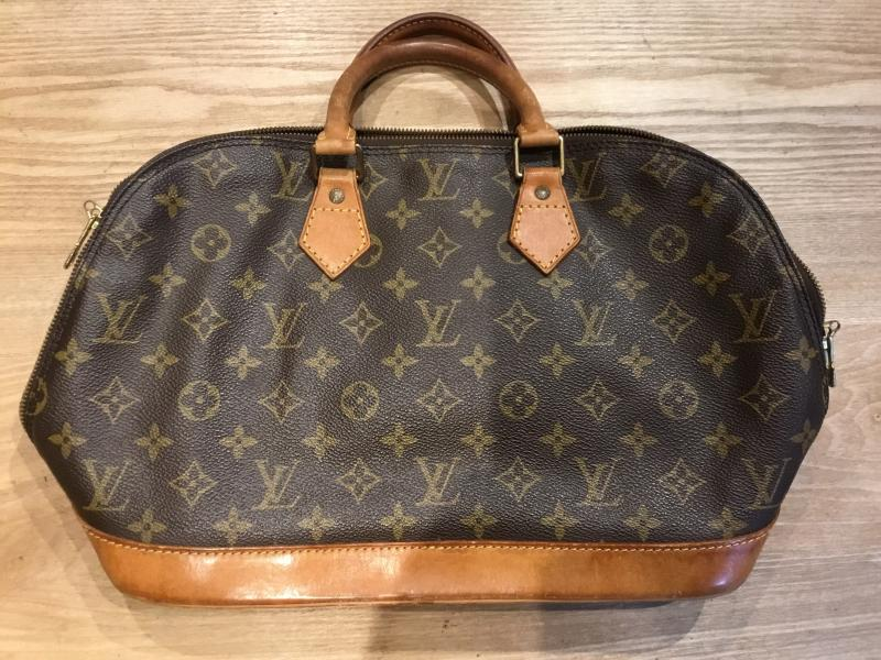 Louis Vuitton Alma $280.00
