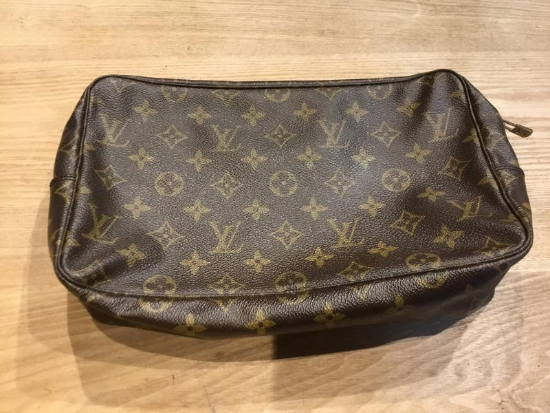 Louis Vuitton Trousse Toilette 28 $200.00