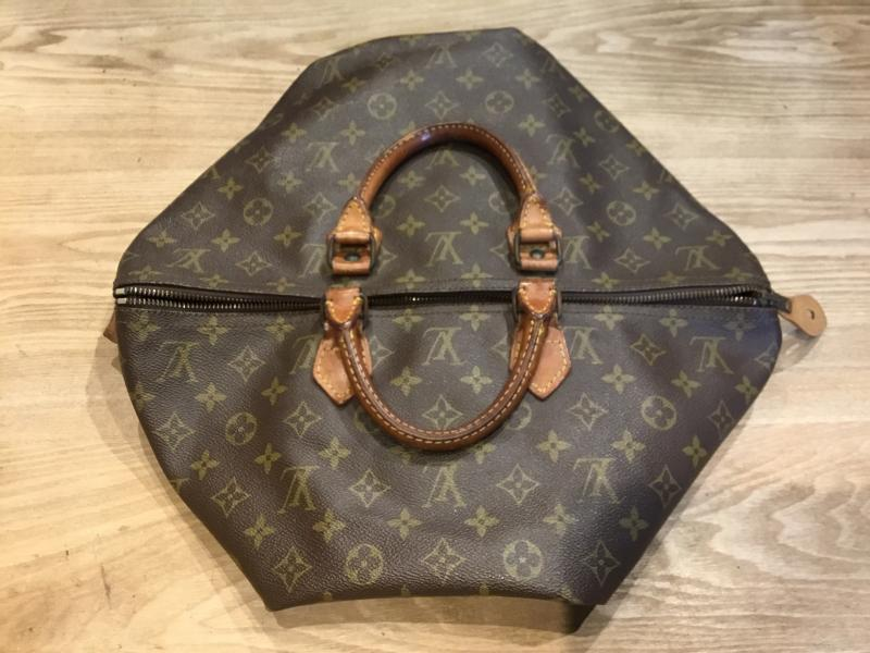 Louis Vuitton Speedy 40 $310.00