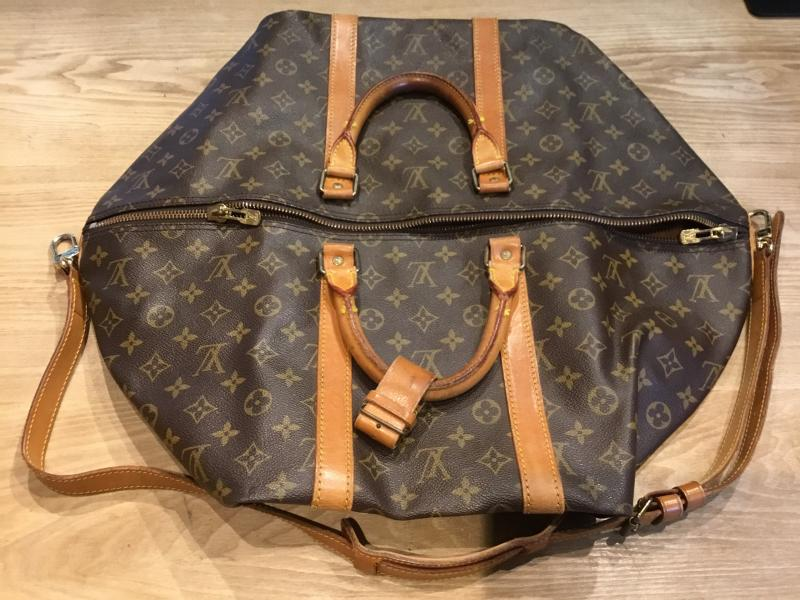 Louis Vuitton Keepall 55 Bandouliere with strap $570.00