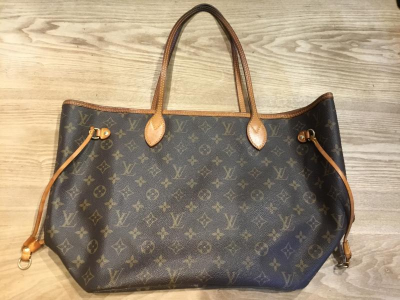Louis Vuitton Neverfull MM $610.00