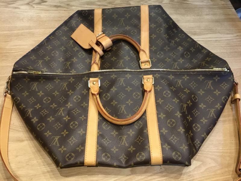 Louis Vuitton Keepall 60 Bandouliere with strap $690.00