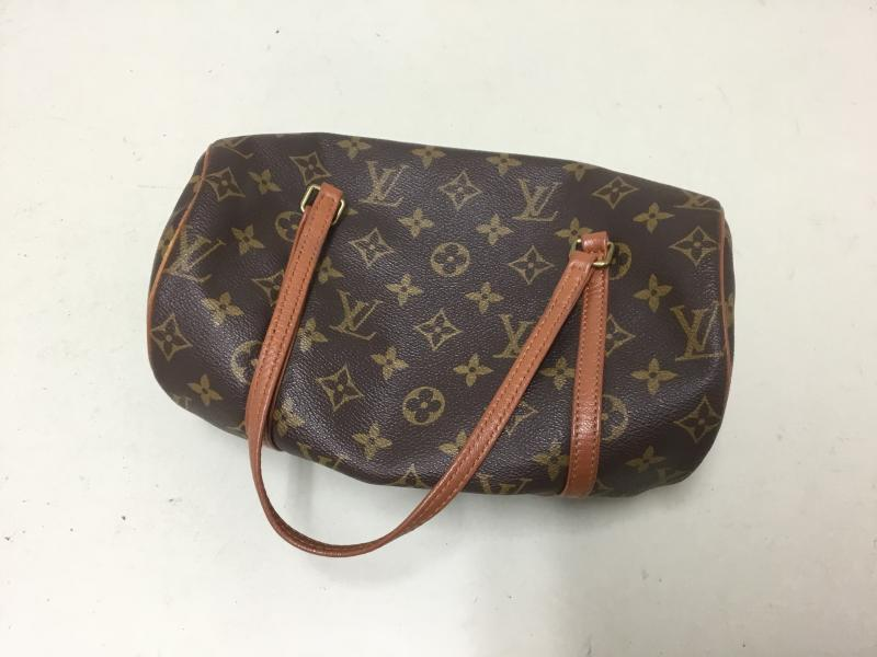 Louis Vuitton Papillon 26 $180.00