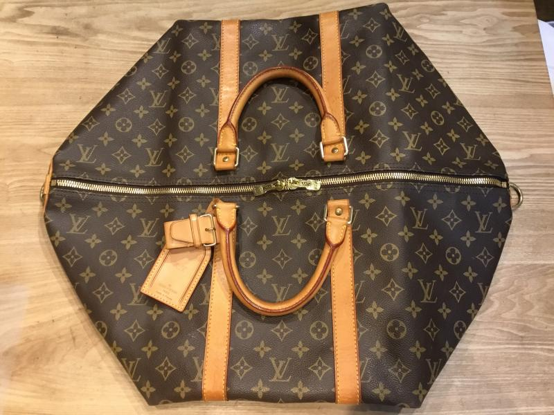 Louis Vuitton Keepall 55 Bandouliere $420.00