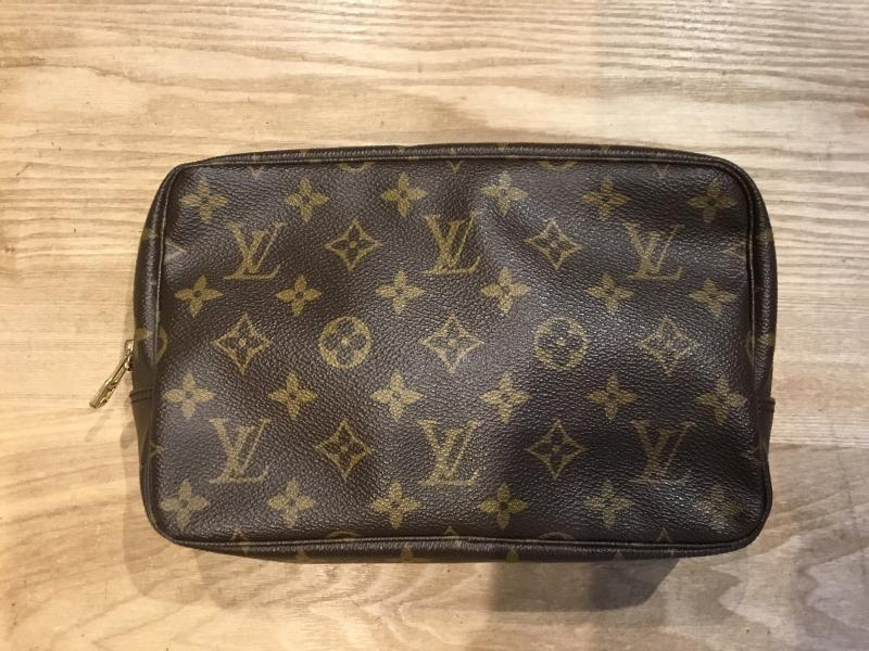 Louis Vuitton Trousse Toilette 23 $200.00