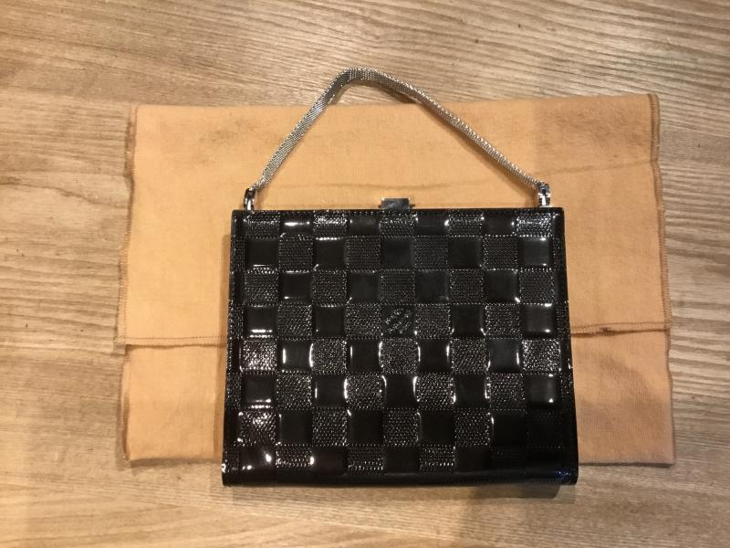 Louis Vuitton $420.00