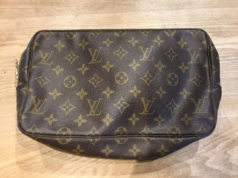 Louis Vuitton Trousse Toilette 28 $230.00
