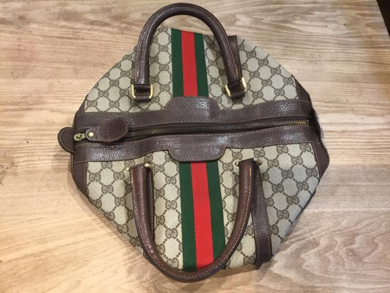GUCCI Hand bag $320.00