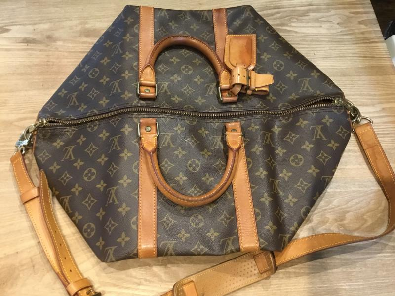 Louis Vuitton Keepall 50 Bandouliere with strap $510.00