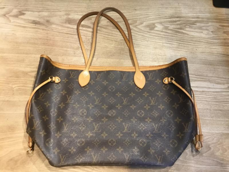 Louis Vuitton Neverfull MM $750.00