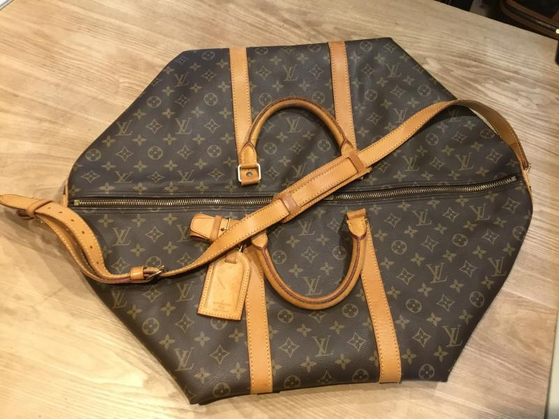 Louis Vuitton Keepall 60 Bandouliere with strap $520.00