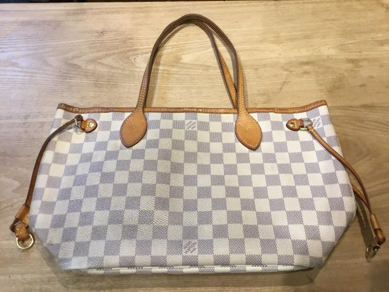 Louis Vuitton Neverfull PM $470.00