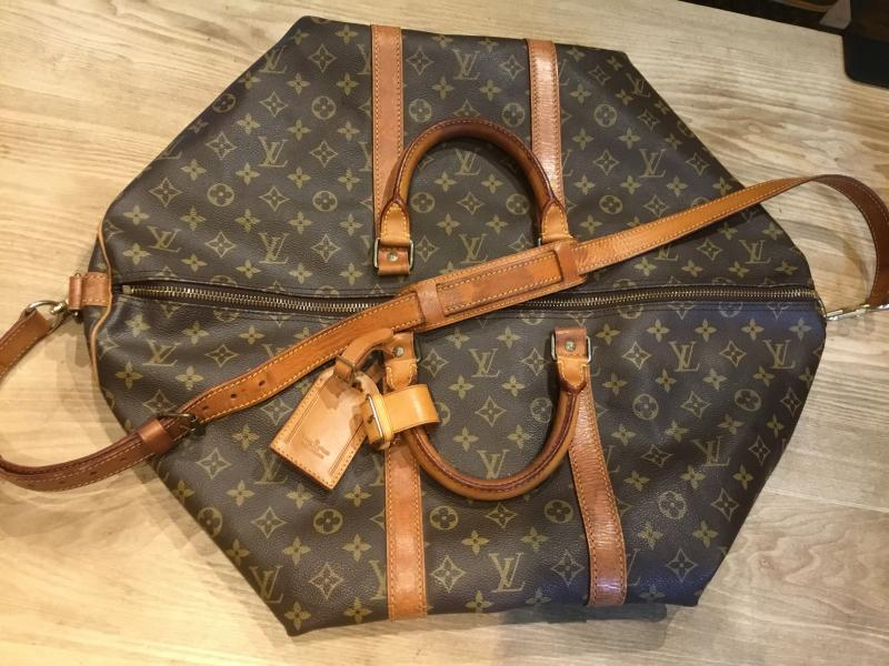 Louis Vuitton Keepall 55 Bandouliere with strap $480.00