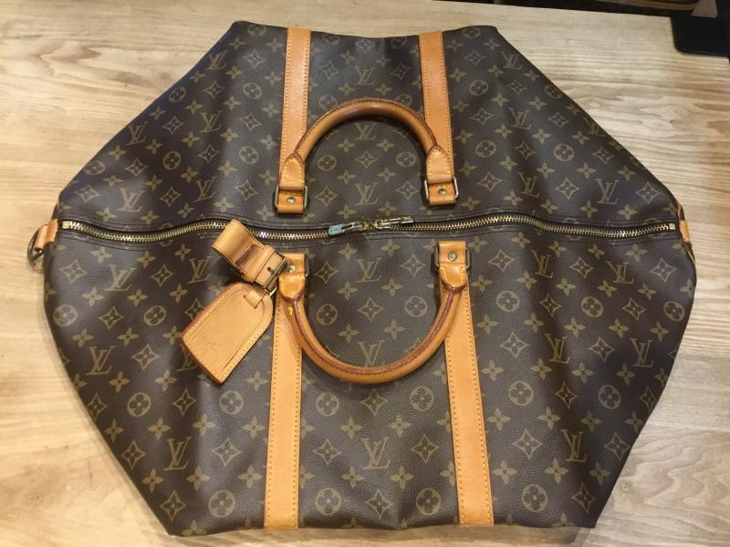 Louis Vuitton Keepall 60 Bandouliere $420.00